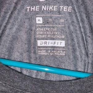 The Nike tee t shirt